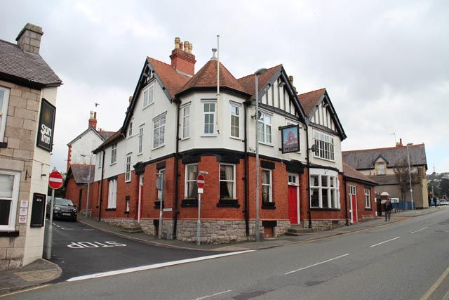 Thumbnail Pub/bar for sale in Abergele Road, Old Colwyn