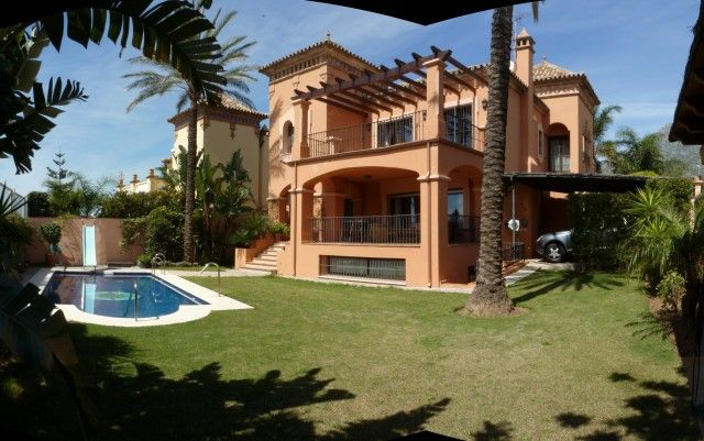 9 bed villa for sale in Spain, Málaga, Marbella