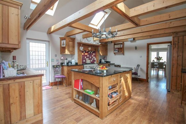 Thumbnail Bungalow for sale in Flax Bourton Road, Failand, North Somerset