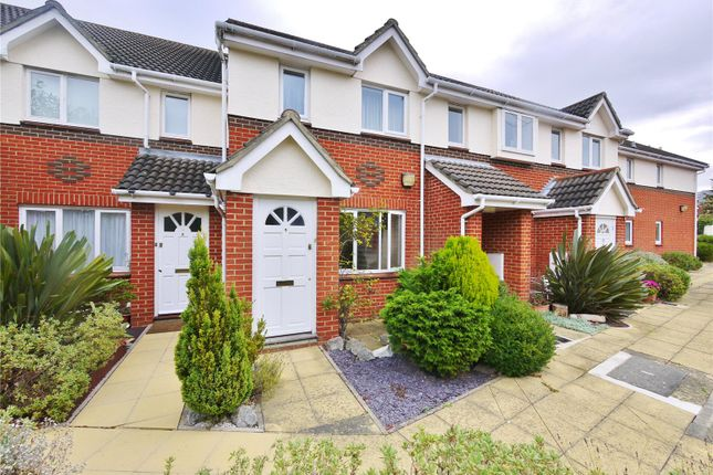 1 bed maisonette for sale in Melford Place, Western Avenue, Brentwood, Essex
