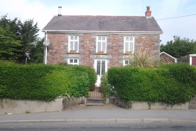 Thumbnail Detached house for sale in Llandeilo Road, Gorslas, Llanelli