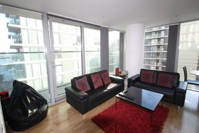 Thumbnail Flat for sale in Landmark West Tower, 22 Marsh Wall, London