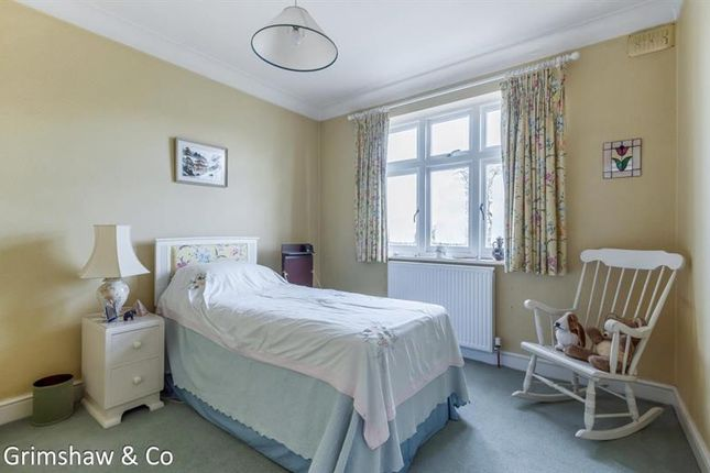 Photo of Carbery Avenue, Acton, London W3