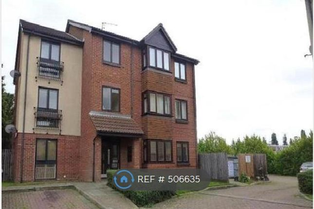 Thumbnail Flat to rent in Oak Apple Court, Lee