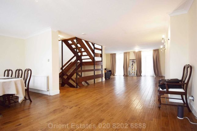 Thumbnail Town house for sale in Hornby Close, London
