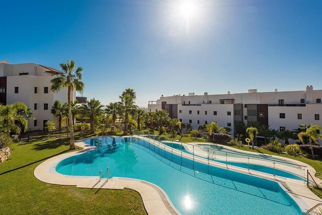 3 bed apartment for sale in Los Flamingos, Malaga, Spain