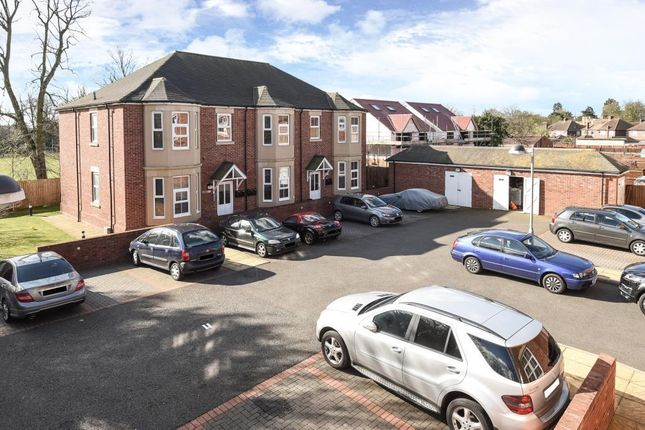 Thumbnail Flat to rent in Gated Development, Slough