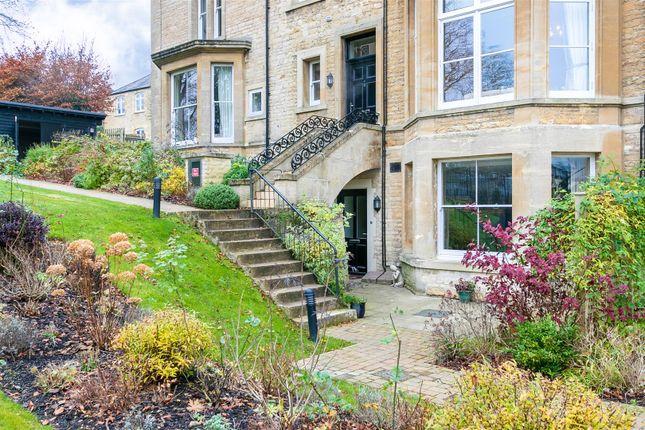 Thumbnail Flat for sale in Penhurst Gardens, Chipping Norton