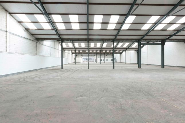 Thumbnail Warehouse to let in Swindon, Wiltshrie, Royal Wootton Bassett|Swindon