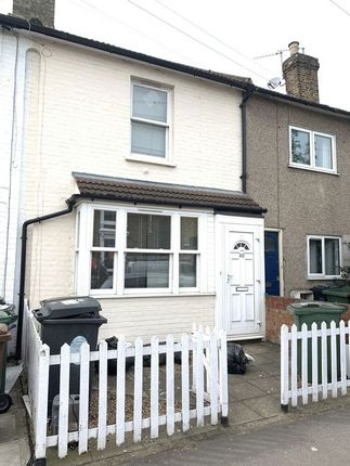 Thumbnail Terraced house to rent in Beulah Road, London