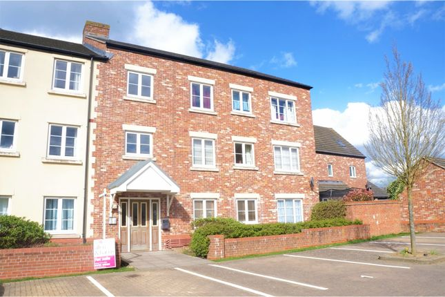 Thumbnail Flat for sale in Jason House, Swindon