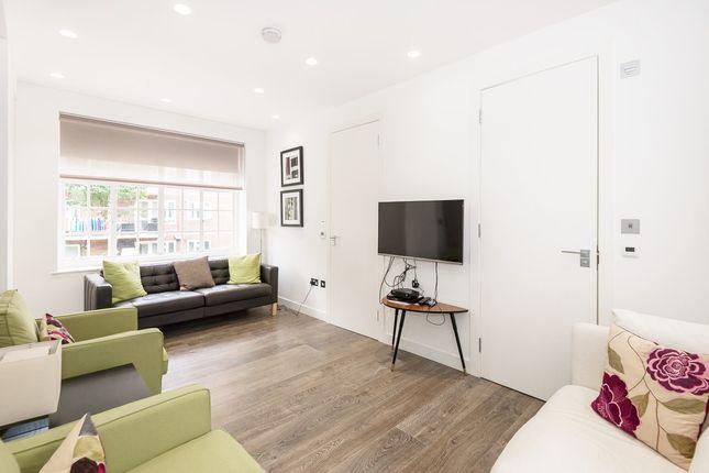 Flat to rent in Rosemoor Street, Chelsea