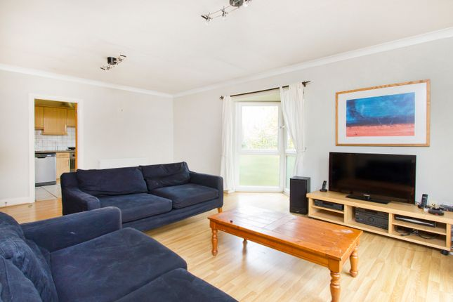 Thumbnail Flat to rent in Plough Way, Surrey Quays