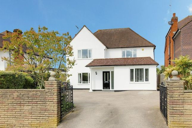 Thumbnail Detached house for sale in Billy Lows Lane, Potters Bar