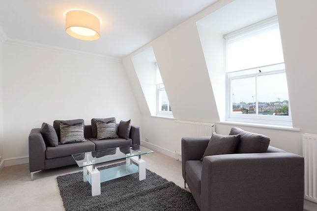 2 bed flat to rent in Lexham Gardens, Kensington