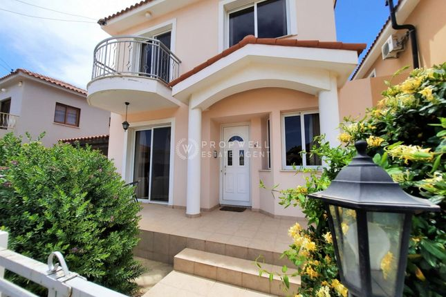 Thumbnail Detached house for sale in Oroklini, Cyprus