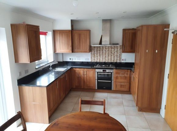 Room to rent in Warren Close., Farnham, Surrey GU9