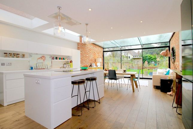 Thumbnail Semi-detached house to rent in Beech Croft Road, Oxford