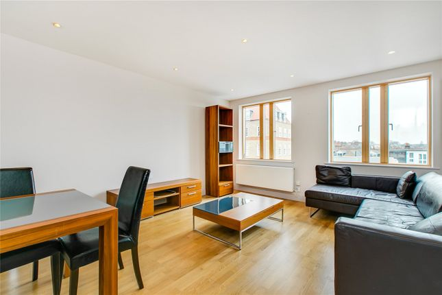 Thumbnail Flat to rent in The Latitude, 130 Clapham Common South Side, London