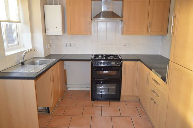 Thumbnail Semi-detached house to rent in The Smithy, Denmead, Waterlooville