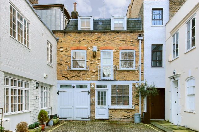 Thumbnail Mews house to rent in Archery Close, London