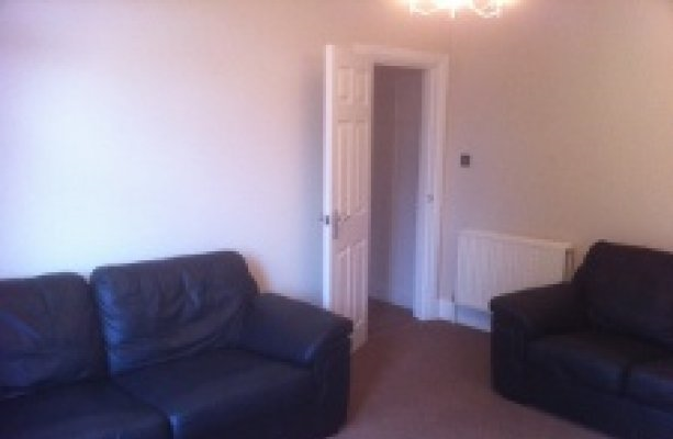 Thumbnail Flat to rent in Lidgett Lane, Moortown, Leeds