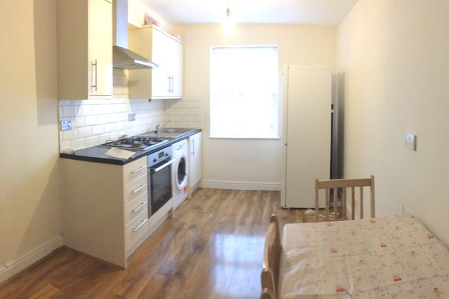 Thumbnail Flat to rent in King Street, Southall