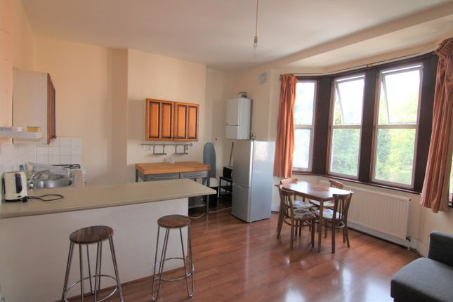 Thumbnail Flat to rent in Green Lanes, Finsbury Park