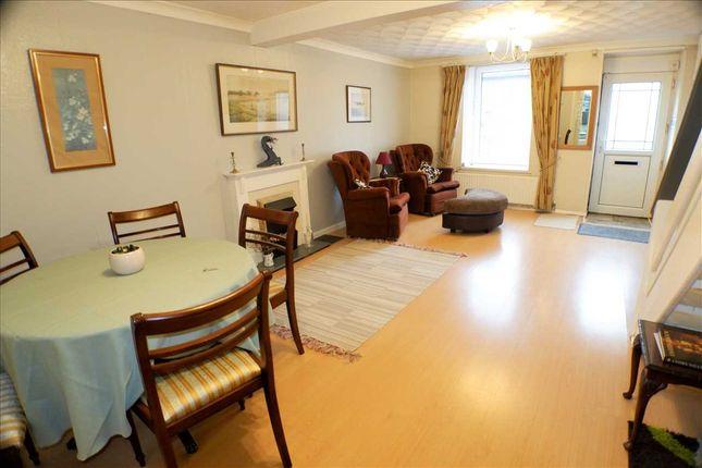 Lounge of Penygraig Road, Penygraig, Tonypandy CF40