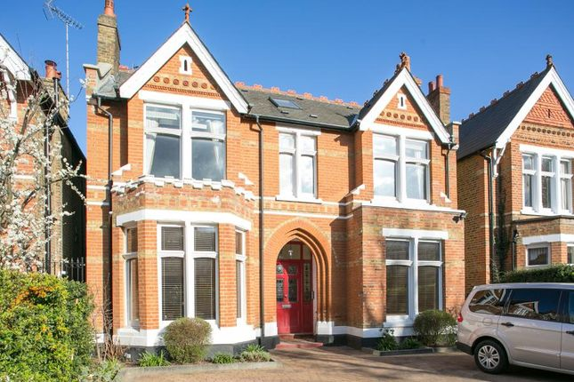 Thumbnail Flat for sale in Mount Park Crescent Ealing, London