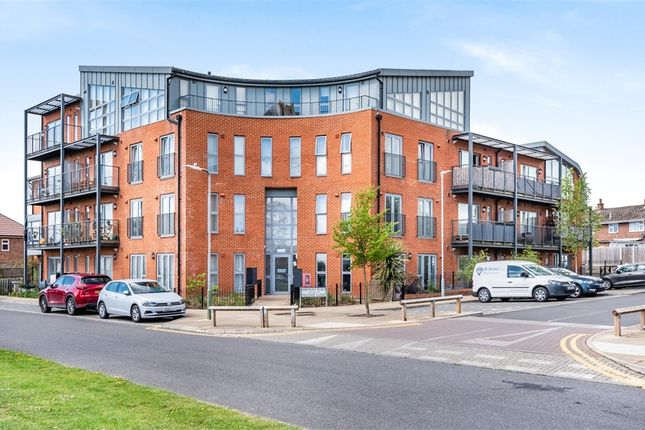 2 bed flat for sale in 1 Meridian Place, East Malling, Kent ME19
