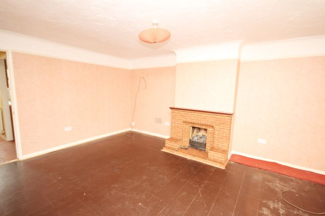 Thumbnail End terrace house for sale in Seymour Street, Chelmsford