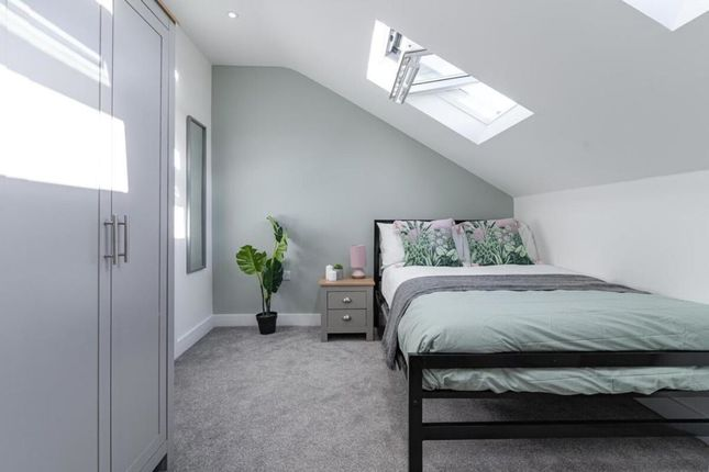 Thumbnail Property to rent in Fawcett Road, Southsea