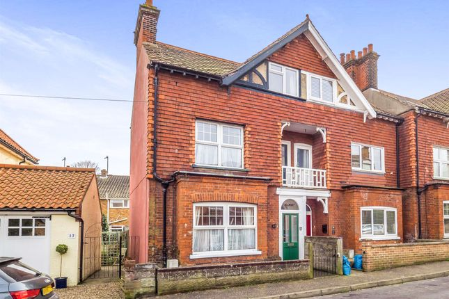 Thumbnail Terraced house for sale in Salisbury Road, Cromer