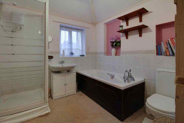 Bathroom 1 of Glandon Drive, Cheadle Hulme, Cheadle SK8