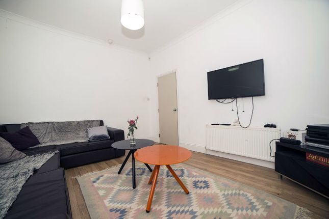 Thumbnail Town house to rent in Aubrey Road, Withington, Manchester