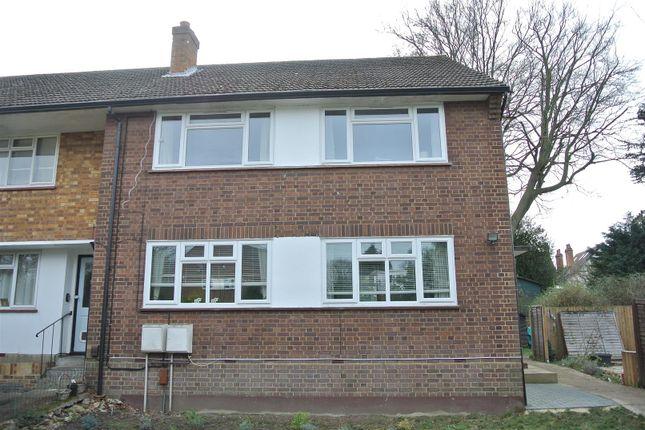 Thumbnail Flat for sale in Leavesden Road, Weybridge