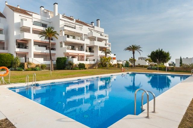 3 bed apartment for sale in Spain, Málaga, Benalmádena, Benalmádena Costa