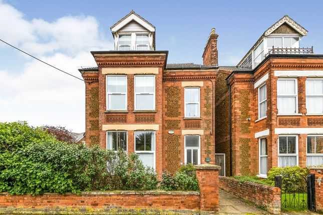 2 bed flat for sale in Hunstanton, Norfolk, . PE36
