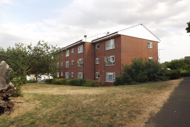 Thumbnail Flat for sale in Church End, Harlow