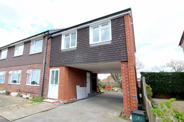 Thumbnail Flat for sale in Heights Approach, Upton, Poole