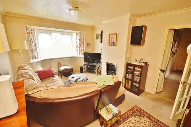 Living Room of Crossfield Road, Princes Risborough HP27