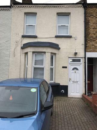 Thumbnail Terraced house to rent in Bensham Grove, Thornton Heath, Thornton Heath