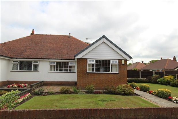 Thumbnail Bungalow for sale in Moorland Avenue, Preston