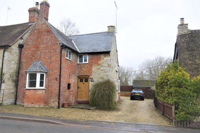 Thumbnail Semi-detached house to rent in Butlers Marston, Warwick