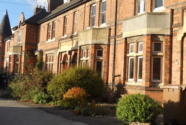 Thumbnail Flat to rent in Sutton Road, Walsall