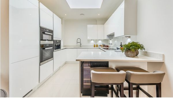 Thumbnail Flat to rent in Palace Wharf Apartments, Hammersmith