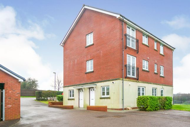Thumbnail Flat for sale in Skylark Road, North Cornelly, Bridgend