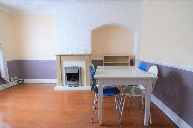 Thumbnail Terraced house to rent in Lodge Avenue, Barking & Dagenham