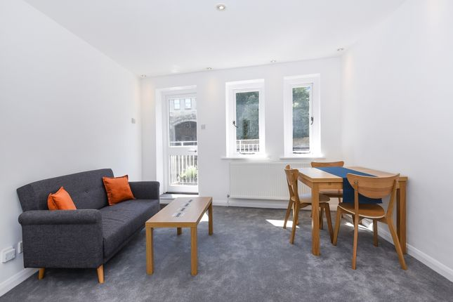 Thumbnail Mews house to rent in Grove Street, Bath